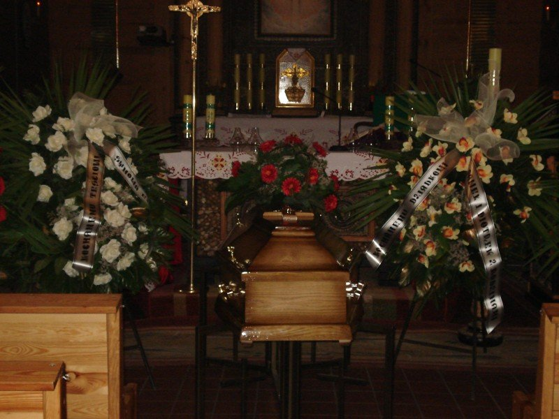 Trumna - Olimp Łask - usługi pogrzebowe