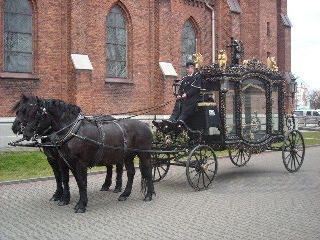 Konny karawan pogrzebowy Olimp Łask